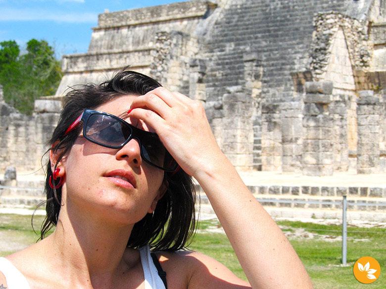 Amanda conhecendo o Chichén Itzá