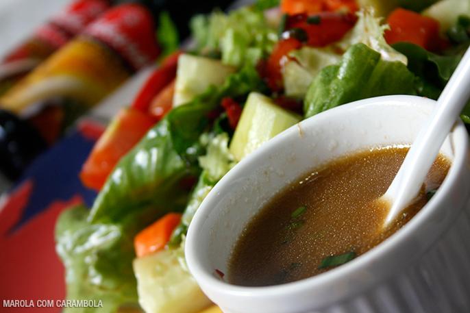 Receita simples de salada com Molho Picante