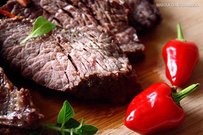 Receita de Fraldinha Assada com legumes e mix de pimentas moídas