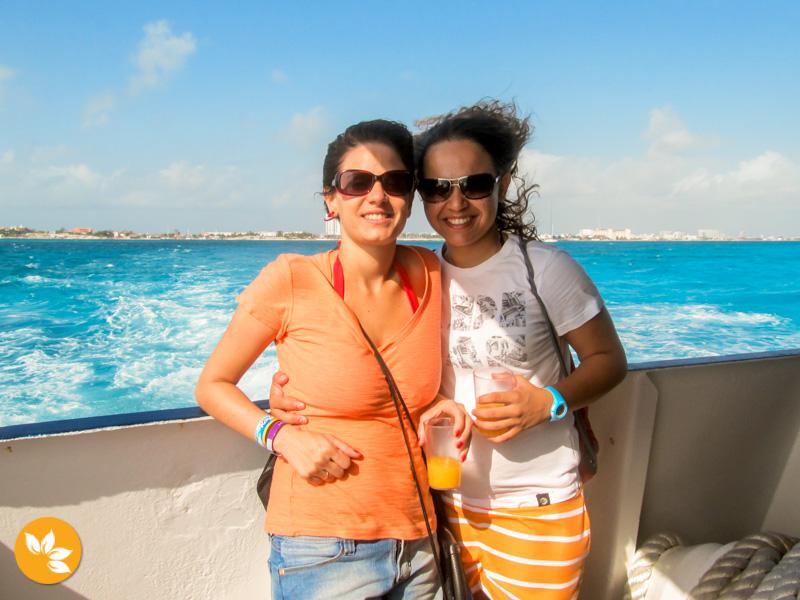 Eloah e Amanda indo Nadar com os Golfinhos em Cancún