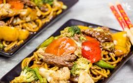Como fazer Yakisoba - Receita de Yakisoba de Carne