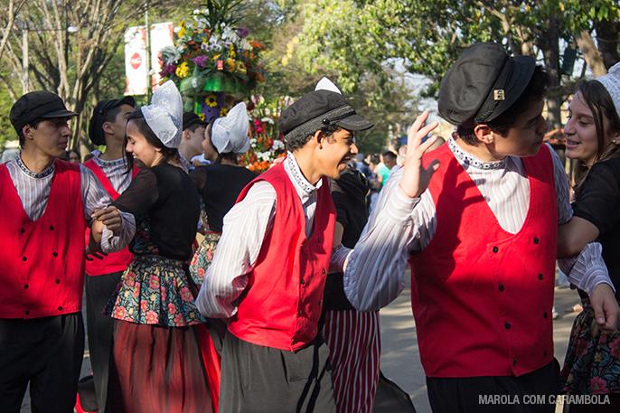 Dança típica na Expoflora em Holambra