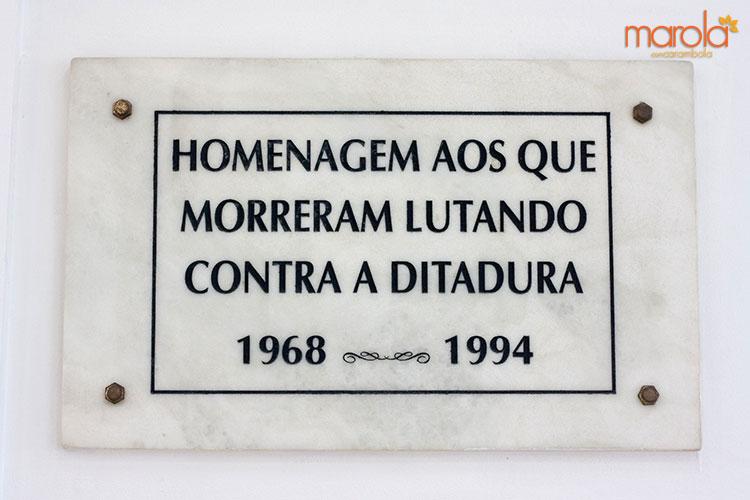 Homenagem aos que morreram lutando contra a ditadura. 1968 - 1994