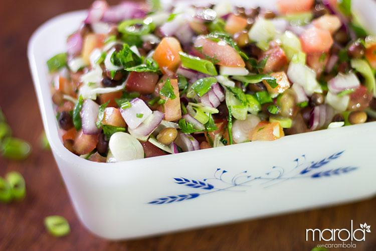 Receitas Leves e Práticas - Salada de feijão andu com alho poró