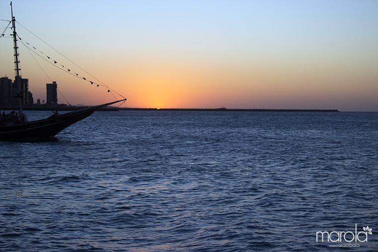 Pôr do Sol no passeio de barco em Fortaleza