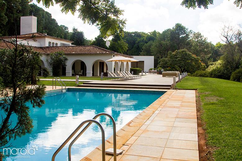 Piscina do Garden Hill Small Resort em São João del Rei