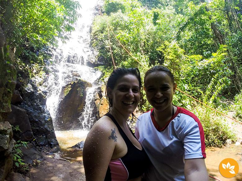Trilha e Cachoeira