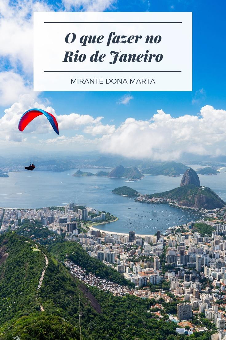 Mirante Dona Marta - Confira 180 graus da cidade maravilhosa, apreciar o Pão de Açúcar, o Maracanã, a Baía do Guanabara e o Cristo Redentor.