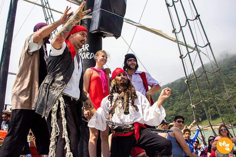 Tripulação - Passeio de Barco Pirata em Balneário Camboriú