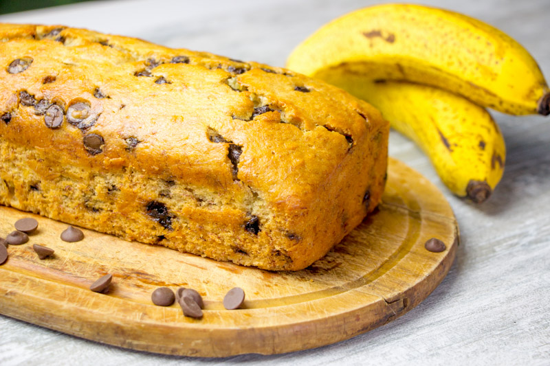 Bolo de Banana com Gotas de Chocolate - Banana Bread