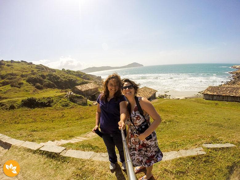 30 ideias para comemorar aniversário - Curtindo uma praia - Santa Catarina, BR
