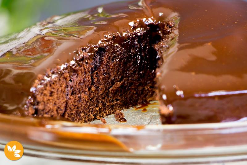 Bolo de Chocolate com Cobertura de Ganache