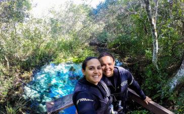 Flutuação no Rio Sucuri - Amanda e Eloah