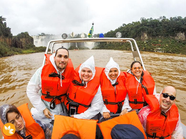 Macuco Safari - Estevam pelo Mundo, Rapha no Mundo, Eloah Cristina e Amanda Fernandes