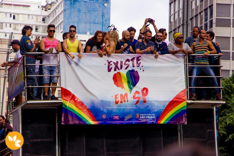 Parada LGBT agita São Paulo - Existe amor em São Paulo