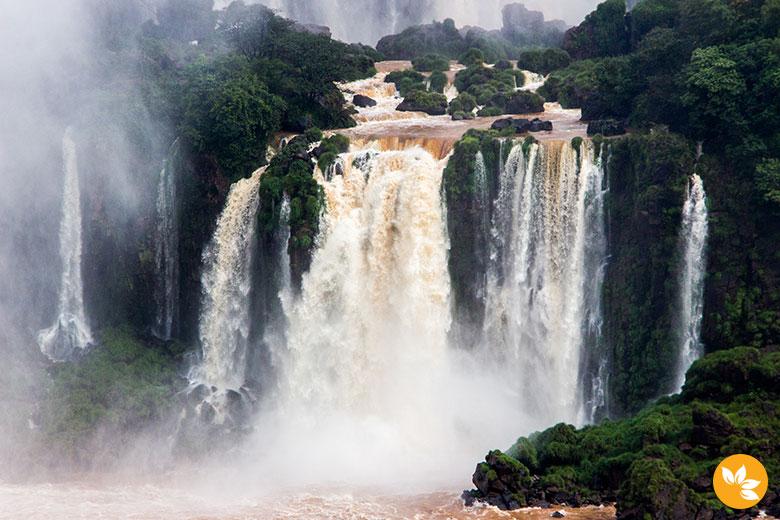 Cataratas do Iguaçu - Uma das 7 Maravilhas da Natureza
