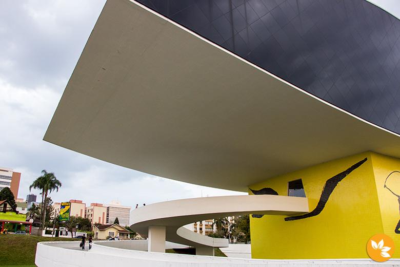 Entrada do MON - Museu Oscar Niemeyer