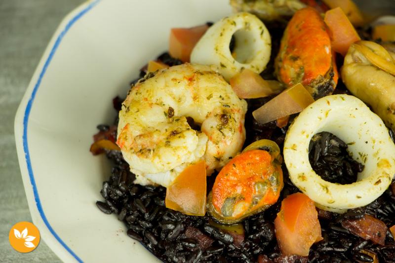 Arroz Negro al Mare - Arroz Negro com Frutos do Mar