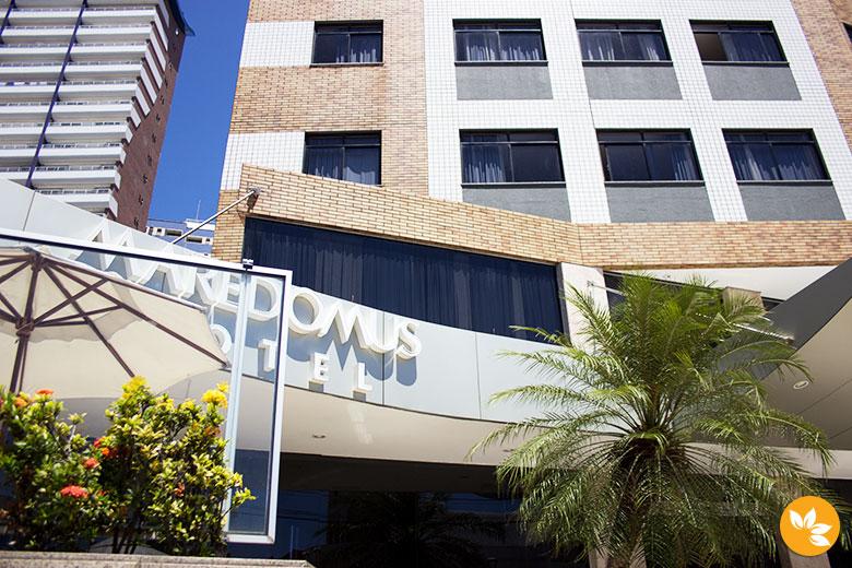 Entrada do Hotel Maredomus
