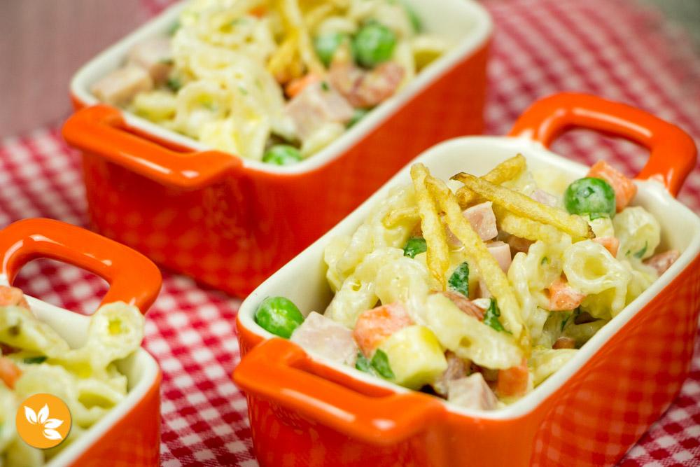 Receita de Salada de Macarrão