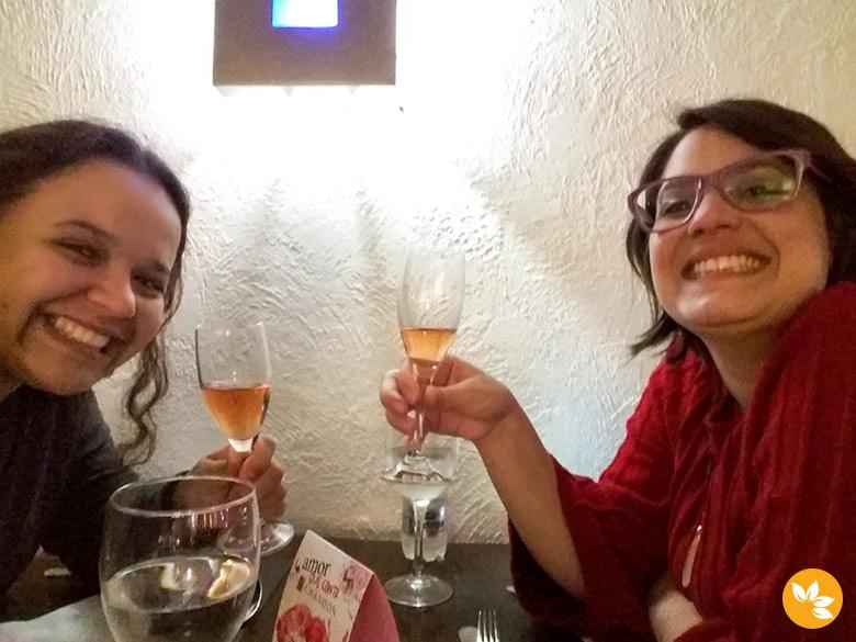 Eloah e Amanda no Restaurante Verissimo - Hotel Pergamon