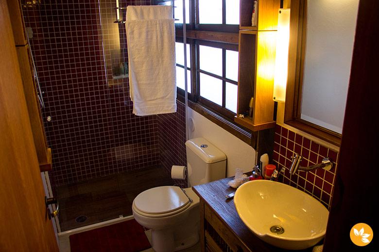 Onde ficar em Ilhabela - Banheiro da Casa 658