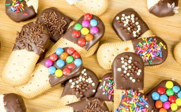 Receita de Biscoitos Cobertos com Chocolate