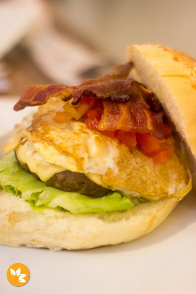Castro Burger - Hamburgueria LGBT