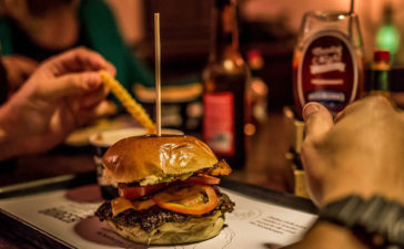 Monday Night Burgers na Vila Madalena