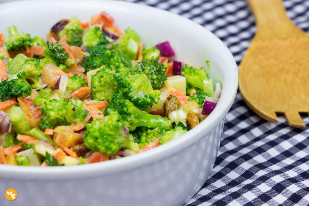 Receita de Salada de Brócolis
