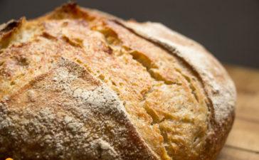 Pão sem sova com fermentação natural - levain