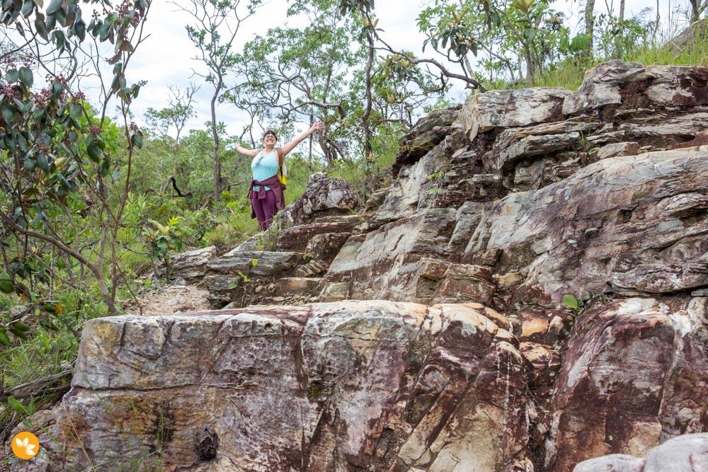 Amanda Fernandes desbravando as trilhas na Chapada dos Veadeiros