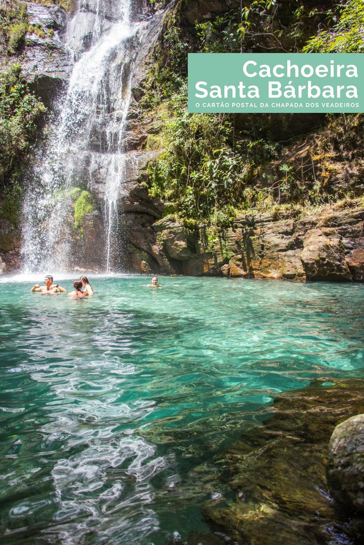 A Cachoeira Santa Bárbara é um dos passeios mais procurados na Chapada dos Veadeiros - considerada uma das cachoeiras mais bonitas do Brasil!