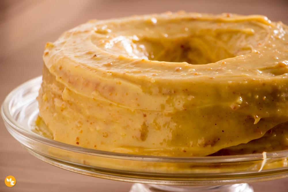 Receita de Bolo de Amendoim com Cobertura de Paçoca