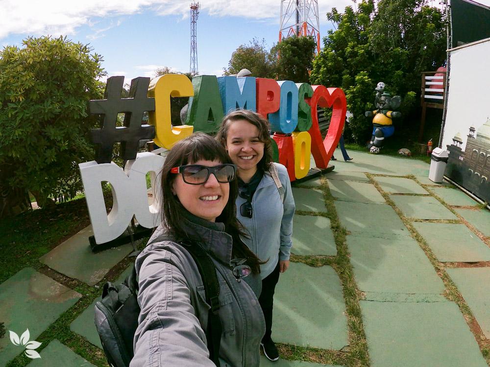 Amanda e Eloah no Parque dos Elefantes - Campos do Jordão