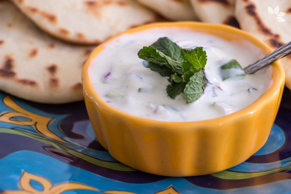 Tzatziki - Receita de Pasta de Iogurte com Pepino