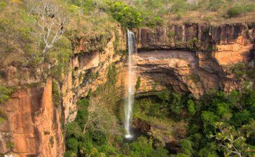 Cachoeira Véu de Noiva - Chapada dos Guimarães