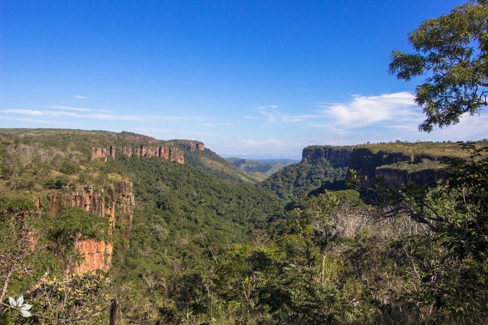 O que fazer na Chapada dos Guimarães MT - Parque Nacional, Cachoeiras, Mirantes, Trilhas e Cavernas.