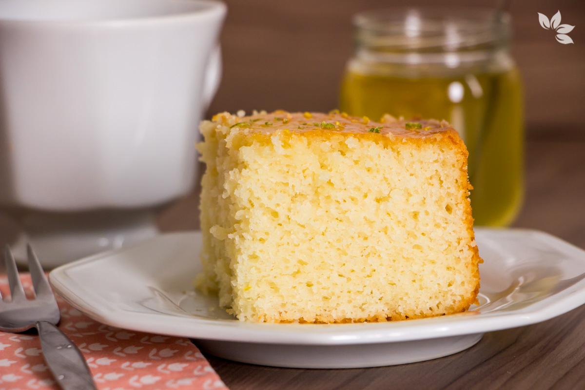 Receita de Bolo de Limão com Iogurte sem lactose