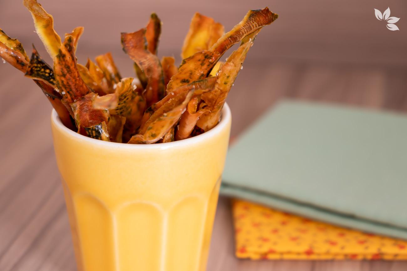 Como fazer chips de casca de abóbora