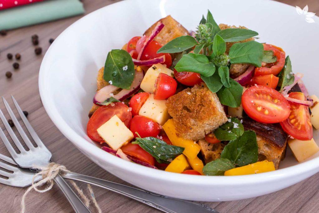 Receita de Panzanella - Salada de Pão